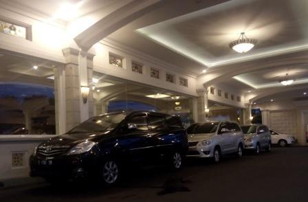 Sewa Rental Mobil Solo Jogja Bali